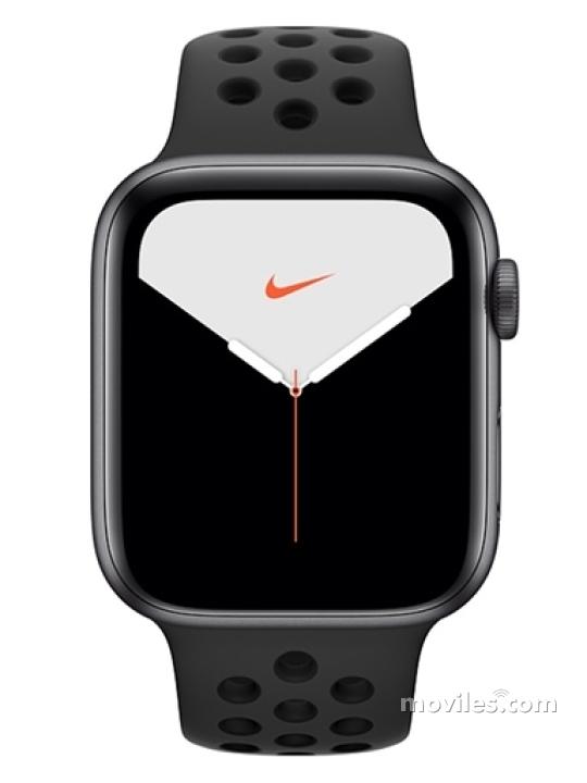 Fotografía grande Varias vistas del Apple Watch Series 5 44mm Plata y Dorado y Negro. En la pantalla se muestra Varias vistas
