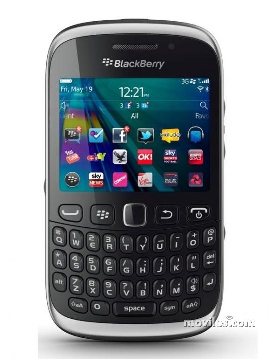 Fotografía grande Frontal del BlackBerry Curve 9320 Negro. En la pantalla se muestra Navegador de aplicaciones
