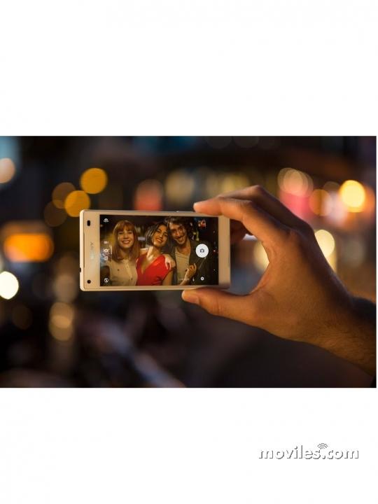 Xperia Z5 realizando una fotografía